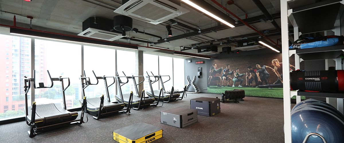 Fitness First Platinum T One Building Freestyle Area 1